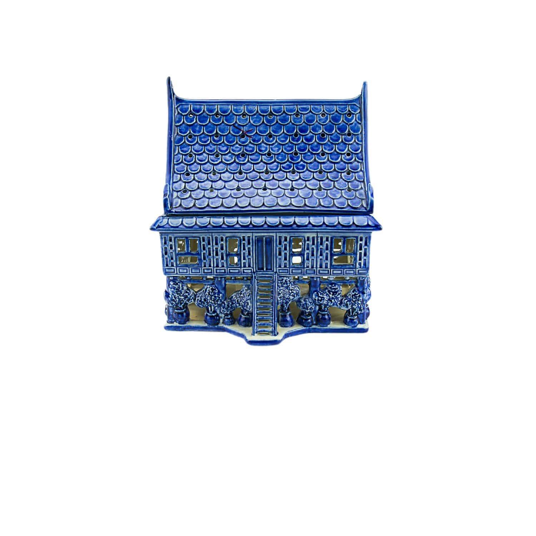 บ้านทรงไทย ( เตาต้มน้ำหอม )